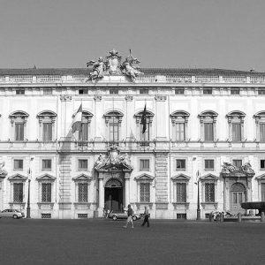 Il 20 novembre p.v. l'avv. Gabriele Escalar discuterà davanti alla Corte Costituzionale la legittimità dell'addizionale IRES 2013 per banche e assicurazioni